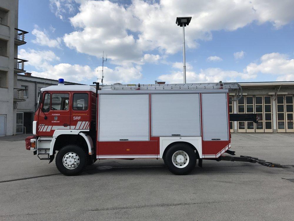 kaufen Feuerwehr Rüstfahrzeug ÖAF 19.302 FA inkl. Sonderausstattung