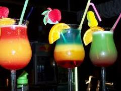 Bar-Performance-Cocktails