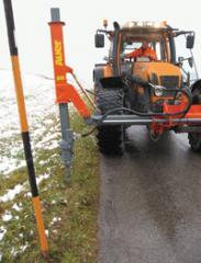 Bohrgerät zum Setzen von Schneestangen