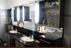 Badezimmer-Möbel
