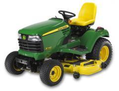 Traktore John Deere X748 4WD