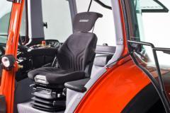 Traktore GEOTRAC 104