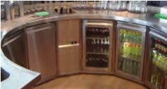 Getränkepräsenter - steckerfertig und zentralgekühlt