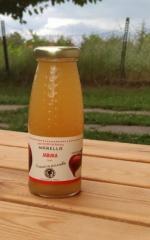 Χυμός μήλου 100% φυσικά σε γυάλινες φιάλες