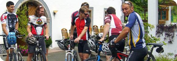 Auftrag Spezialisiertes Mountainbike- und Wanderhotel