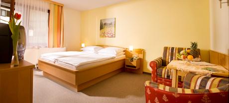 Auftrag Hotelzimmer und Zimmerausstattung