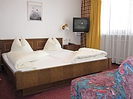 Auftrag Standard-Doppelzimmer