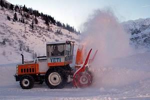 Auftrag Schneeräumung